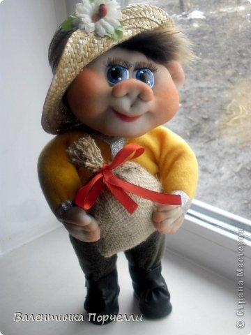Всем привет!!!Закончила ещё пару кукол-грелок.Как я их в шутку называю-Кукла-заначка)))) фото 17