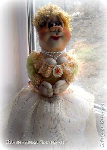 Всем привет!!!Закончила ещё пару кукол-грелок.Как я их в шутку называю-Кукла-заначка)))) фото 22