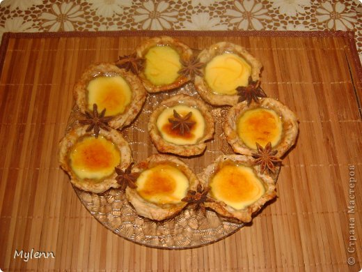 Простое в приготовлении и очень вкусное пирожное с ароматными нотками апельсина,сливочным кремом и цитрусовой карамелью. С приготовление справится даже начинающий кулинар:) фото 20