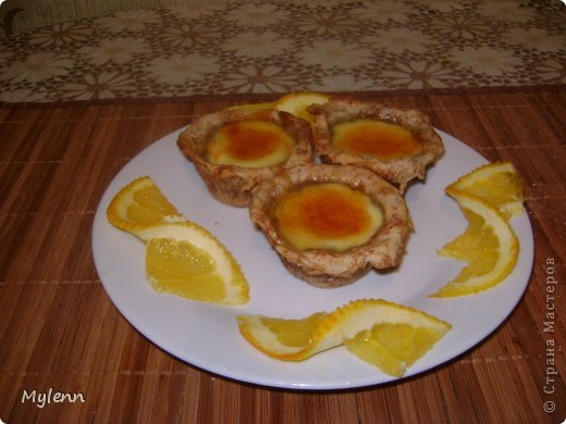 Простое в приготовлении и очень вкусное пирожное с ароматными нотками апельсина,сливочным кремом и цитрусовой карамелью. С приготовление справится даже начинающий кулинар:) фото 21