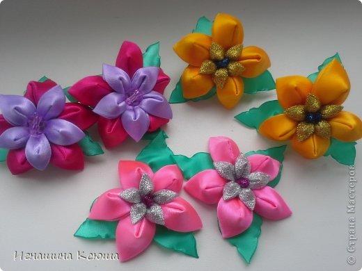 очень понравились такие цветочки, теперь они у меня везде.  это резинки  d-6см фото 2