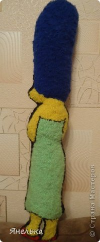 """я большая поклонница мульта """"Симпсоны"""", поэтому решила сделать себе вот таких персонажей, а моя 5-летняя племянница Софийка решила поприсутствовать на фотографии, ну как ей отказать?  фото 3"""