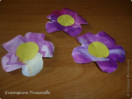 Аппликации из больших цветов. фото 11