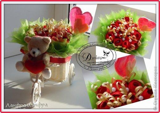Ручные букеты с конфетами и игрушками фото 14