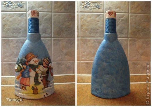 Моя первая бутылочка в подарок на Новый год. Подрисовки на ней помогал делать малыш, который активно пинал бутылку из животика, стоило мне ее туда прислонить)))) фото 6