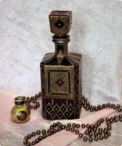 Всем доброго дня!  Показываю работы, сделанные еще в прошлом году.  Бутылка «Воронцовский замок» - так назывался напиток.  фото 1