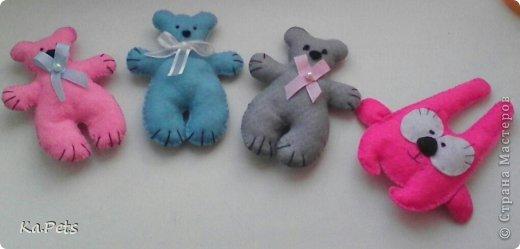 Давно хотела сделать своих медвежат, после того, как насмотрплась на них в интернете:-)  В следующий раз планирую сделать медвежат побольше и из хлопка. фото 5