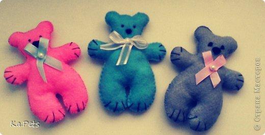 Давно хотела сделать своих медвежат, после того, как насмотрплась на них в интернете:-)  В следующий раз планирую сделать медвежат побольше и из хлопка. фото 1