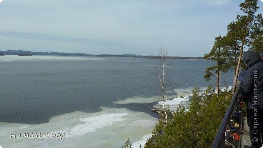 Всем привет! и отдельный привет тем, кто живет на Среднем Урале!!!!! вот у нас стало теплеть, тает лед на озере, КРАСОТА!!!!! Вот они Уральские горы! фото 3