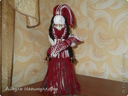 Кукла сделанная своими руками при помощи ниток фото 14