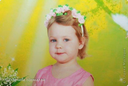 дочка увидела этот ободочек и сказала, что в нем она будет фея цветов....ну фея, так фея)))    фото 3