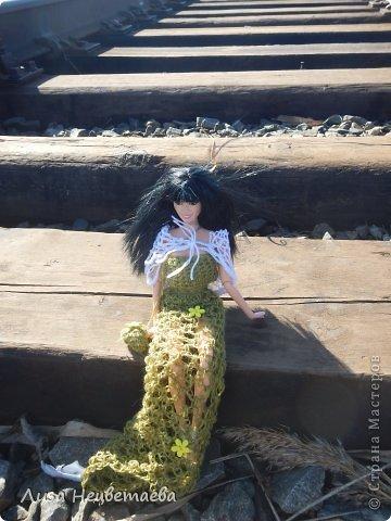 Всем привет!!! Сегодня мы с Алёнчиком06 ходили погулять к железной дороге. И конечно же прихватили с собой кукол!!! фото 5
