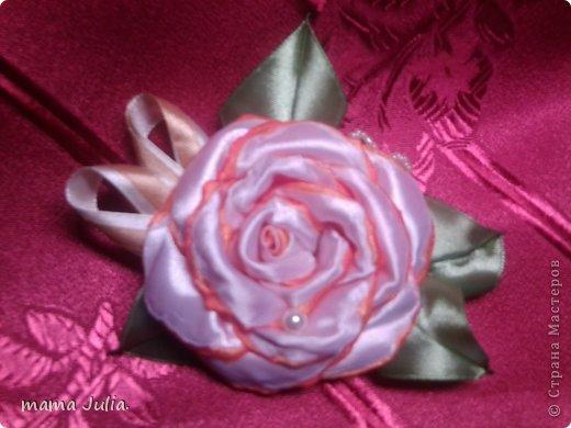 Махровая роза из лент.  фото 2