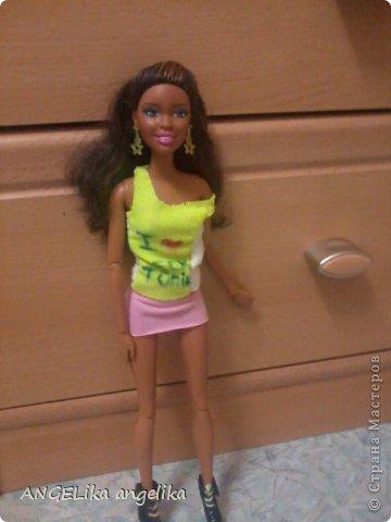 """привет!!! сегодня мы узнаем,что может случиться , если к вам приедет сестра... от лица кукол. Ева(Е), Джесика(Д), Мартин(М). Е: да где же эта бумажка с номером? Д(думает):"""" да какая бумажка с номером! сейчас только 6 утра! орёт на весь дом!!!  фото 29"""