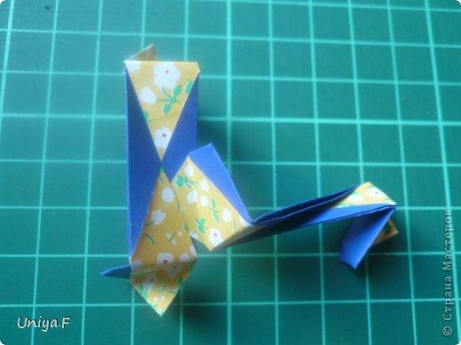 Большой привет!  Хочу похвастаться: получилась хорошая по всем параметрам моделька.  Экономичный расход бумаги, модули немелкие, сборка простая и очень прочная, в итоге получается некрупная. Можно сказать, конструктор немецкого качества. Потому и имя ей Гретель.   Name: Gretel Designer: Uniya Filonova   Units: 30  Paper: 5 x 7,5 cm ( ratio 2:3 )  Final diameter: ~ 8,5 cm  Joint: no glue  модель принимала участие во флешмобе https://stranamasterov.ru/node/769691  фото 26