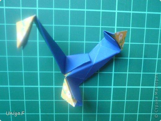 Большой привет!  Хочу похвастаться: получилась хорошая по всем параметрам моделька.  Экономичный расход бумаги, модули немелкие, сборка простая и очень прочная, в итоге получается некрупная. Можно сказать, конструктор немецкого качества. Потому и имя ей Гретель.   Name: Gretel Designer: Uniya Filonova   Units: 30  Paper: 5 x 7,5 cm ( ratio 2:3 )  Final diameter: ~ 8,5 cm  Joint: no glue  модель принимала участие во флешмобе https://stranamasterov.ru/node/769691  фото 28