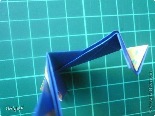Большой привет!  Хочу похвастаться: получилась хорошая по всем параметрам моделька.  Экономичный расход бумаги, модули немелкие, сборка простая и очень прочная, в итоге получается некрупная. Можно сказать, конструктор немецкого качества. Потому и имя ей Гретель.   Name: Gretel Designer: Uniya Filonova   Units: 30  Paper: 5 x 7,5 cm ( ratio 2:3 )  Final diameter: ~ 8,5 cm  Joint: no glue  модель принимала участие во флешмобе https://stranamasterov.ru/node/769691  фото 29