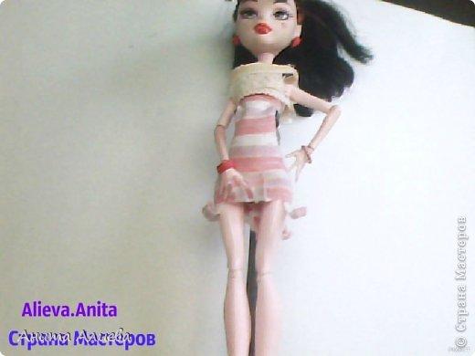 Привет! В моём первом блоге хочу показать то что шью на своих кукол. Первое это платье с маленькой майкой для Дракулауры. фото 2
