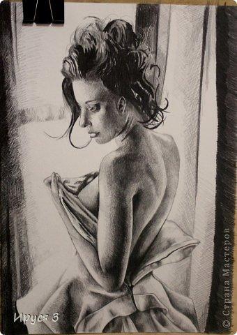 девушку нарисовал Максим карандашом с фотографии