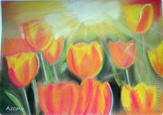Привет, друзья! Я продолжаю эксперименты над пастельными мелками... теперь уже самостоятельно, без МК. В один из солнечных дней, которые подарила нам весна, нарисовалась вот такая картинка. Оригинал взят из интернета.