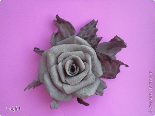 Здравствуйте дорогие друзья!!!Пришла весна,всё вокруг цветёт и пахнет и в моём творческом саду расцвели прекрасные цветочки.Правда не пахнут , но глаз радуют.... фото 12