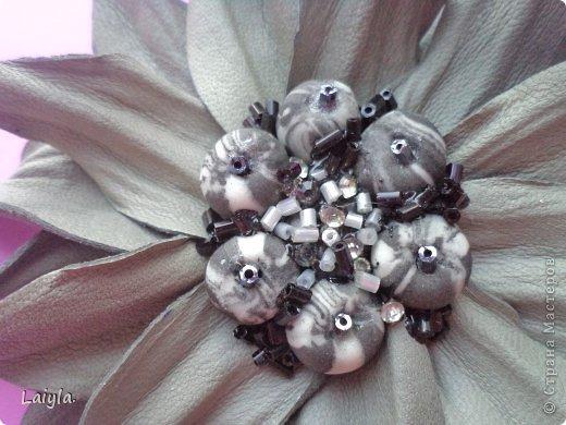 Здравствуйте дорогие друзья!!!Пришла весна,всё вокруг цветёт и пахнет и в моём творческом саду расцвели прекрасные цветочки.Правда не пахнут , но глаз радуют.... фото 35