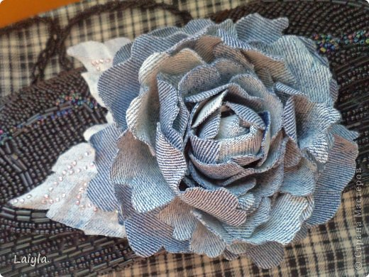 Здравствуйте дорогие друзья!!!Пришла весна,всё вокруг цветёт и пахнет и в моём творческом саду расцвели прекрасные цветочки.Правда не пахнут , но глаз радуют.... фото 60