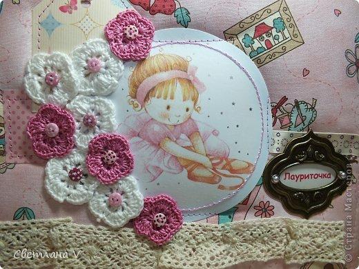 Альбом для маленькой девочки - первый год, переплет Виноградовой, обложка хлопок с синтепоном. Очень много фетра и кружева)) фото 2
