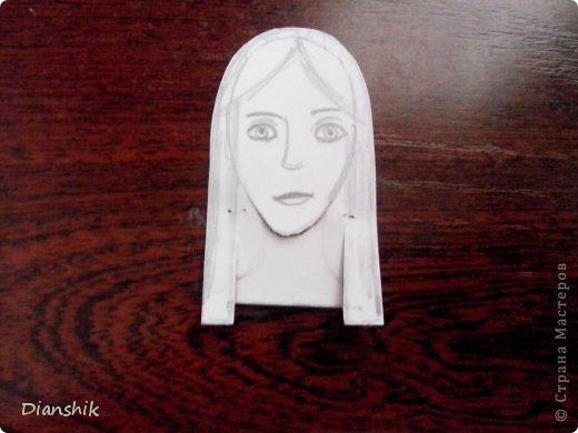 Всем привет. Сегодня я покажу как сделать подвижную бумажную куклу. Нужно нарисовать детали человека или животного, как у меня на фото, на бумаге и затем вырезать. фото 14