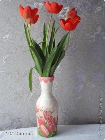 Здравствуйте! На улице весна, цветут тюльпаны, а у меня появились вот такие тюльпаны из кусочков разной ткани. фото 5