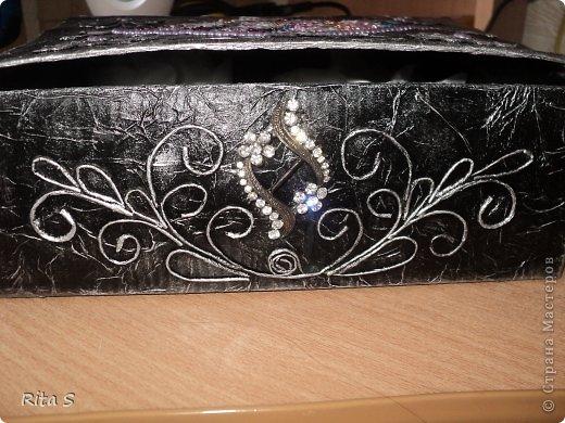 вот и ещё коробочку сделала, и её сразу же конфисковала дочь под резиночки)))) фото 3
