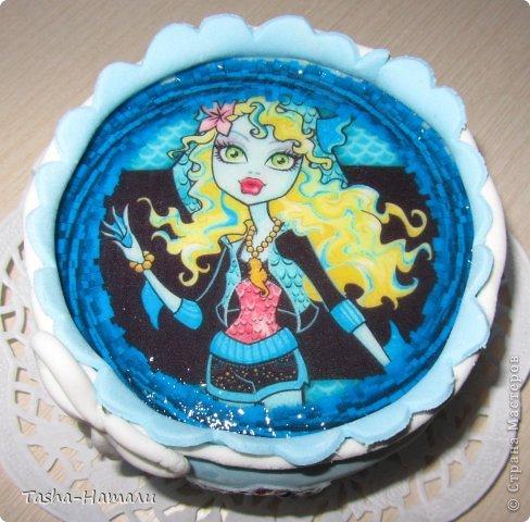 Дочери на день рожденья решила сделать не один большой торт, а 5 маленьких (по количеству подруг) А это тортик самой именинницы фото 4