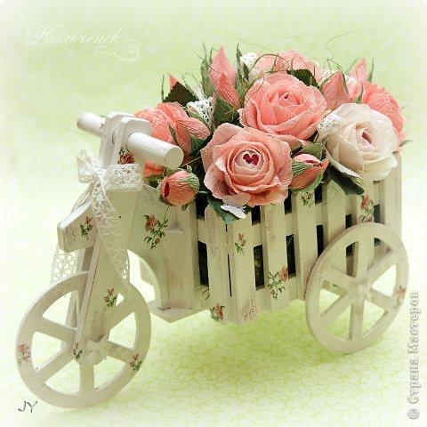 Конфетный букетик к моему декупажному велосипедику! фото 2