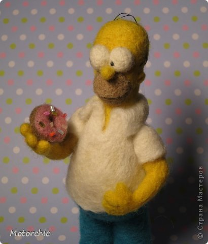 """Сегодня я к вам с """"человеческой"""" работой из шерсти, - Гомером Симсоном, героем мультфильма. фото 4"""