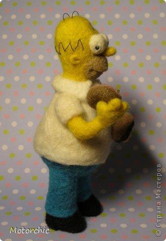 """Сегодня я к вам с """"человеческой"""" работой из шерсти, - Гомером Симсоном, героем мультфильма. фото 7"""