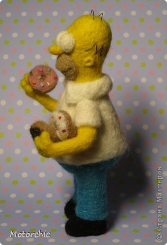 """Сегодня я к вам с """"человеческой"""" работой из шерсти, - Гомером Симсоном, героем мультфильма. фото 9"""