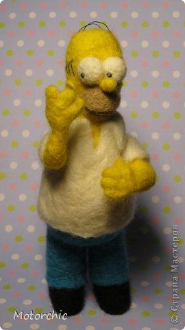 """Сегодня я к вам с """"человеческой"""" работой из шерсти, - Гомером Симсоном, героем мультфильма. фото 18"""