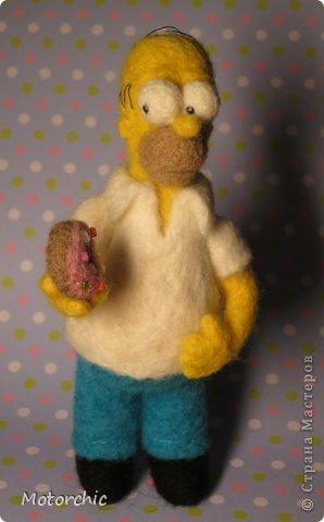"""Сегодня я к вам с """"человеческой"""" работой из шерсти, - Гомером Симсоном, героем мультфильма. фото 21"""