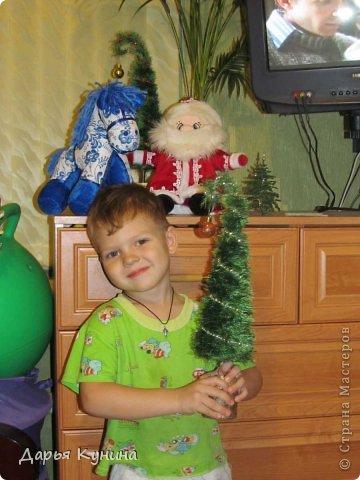 Не знаю, на сколько будет актуален этот пост в середине мая))))) но, все-таки решила выложить фото своих новогодних работ))) Дед Мороз и Коняшка покупные игрушки)))) поставила для красоты. фото 6