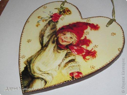 Не знаю, на сколько будет актуален этот пост в середине мая))))) но, все-таки решила выложить фото своих новогодних работ))) Дед Мороз и Коняшка покупные игрушки)))) поставила для красоты. фото 12