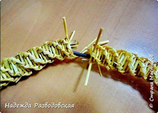 Мастер-класс. Спиральное плетение вокруг каркаса.( Из соломки, газетных трубочек, картонных полосок) фото 44