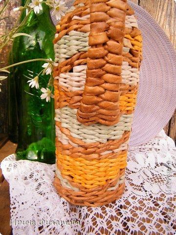 Мастер-класс Поделка изделие Плетение Наряжаем бутылочку   Бумага газетная Бутылки стеклянные Трубочки бумажные фото 8