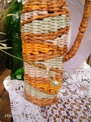 Мастер-класс Поделка изделие Плетение Наряжаем бутылочку   Бумага газетная Бутылки стеклянные Трубочки бумажные фото 9
