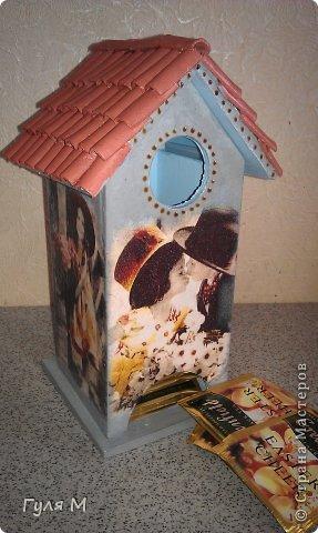вот такой чайный домик сделали на память учительнице нулевого класса. Крышу помогал делать папа )))) Черепица из декоративной глины фото 1