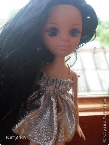 Сшила Хейли новое платье.Оно,наверно,пойдет для вечеринок,дискотек. фото 1