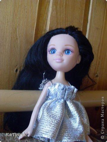 Сшила Хейли новое платье.Оно,наверно,пойдет для вечеринок,дискотек. фото 5