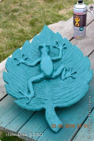 Картина панно рисунок Мастер-класс День рождения Лепка Папье-маше Панно ЛЯГУШКА Бумага фото 9