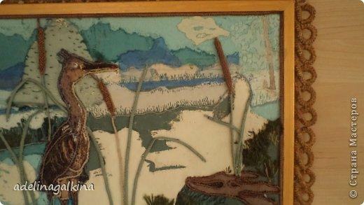 Картина панно рисунок Гильоширование Макраме Картина выполненная в технике гильоширование и мараме Как на озере большом Нитки Шпагат фото 4