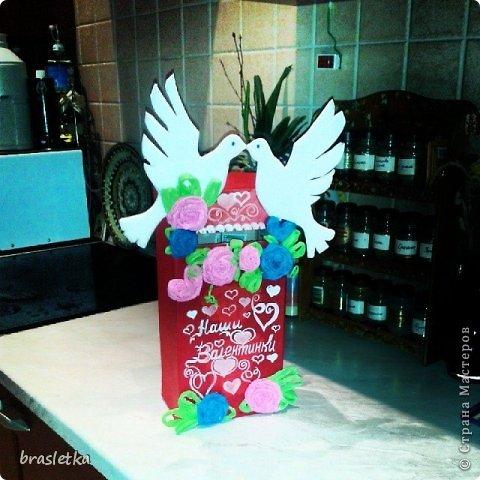 Почтовый ящик для валентинок на  День Святого Валентина. Голубки и розы. фото 1