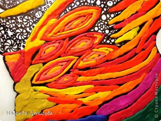 Картина панно рисунок Мастер-класс Аппликация из пластилина + обратная Красивая птица Пластилин Стекло фото 21